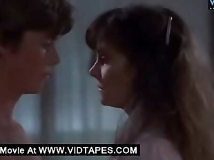 VIDTAPES.COMMature woman cheating with a young..